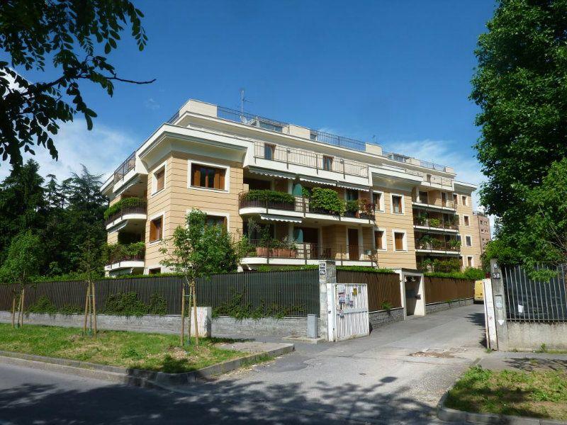 Attico / Mansarda in vendita a Milano, 2 locali, zona Zona: 14 . Lotto, Novara, San Siro, Trattative riservate | Cambiocasa.it