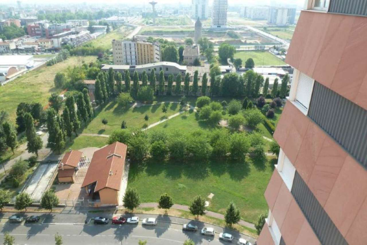 Bilocale Milano Via Trasimeno 10