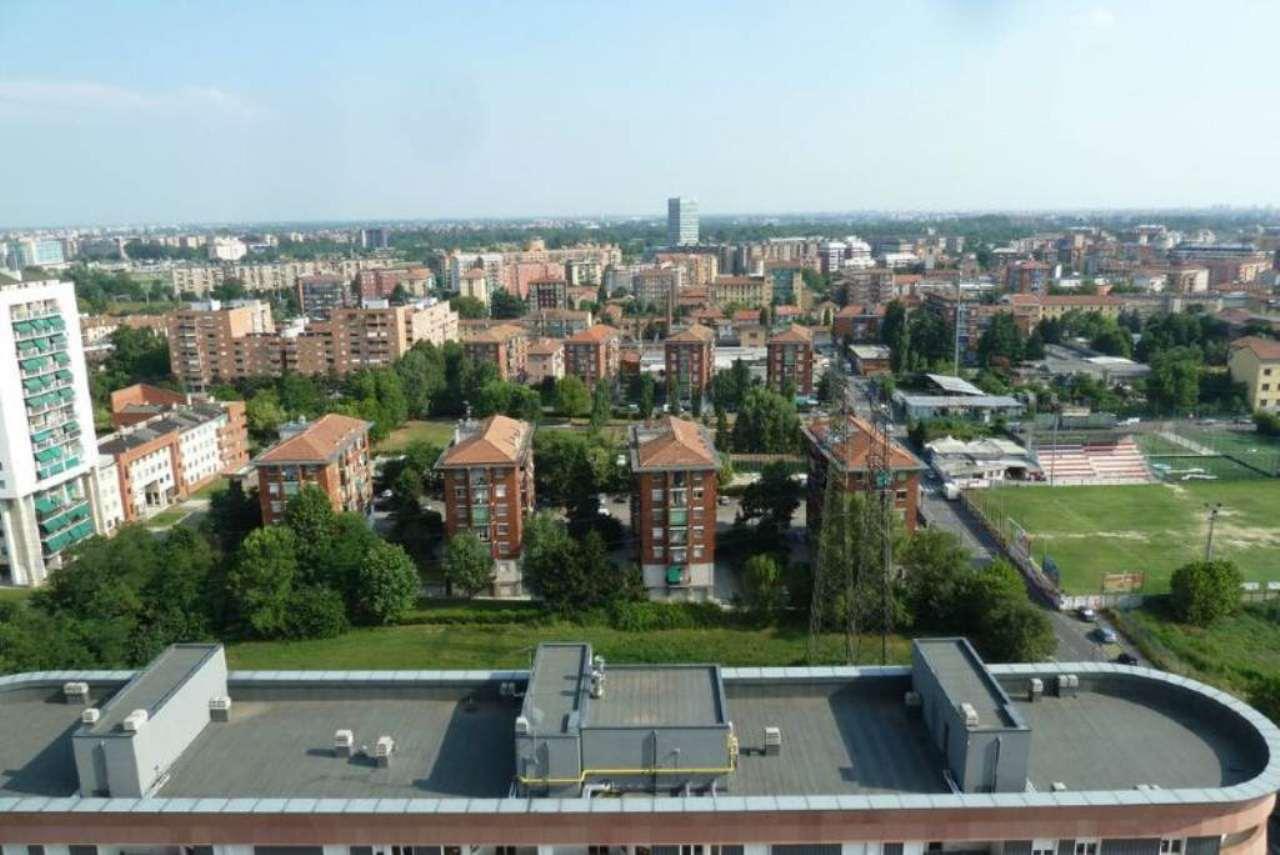 Bilocale Milano Via Trasimeno 11