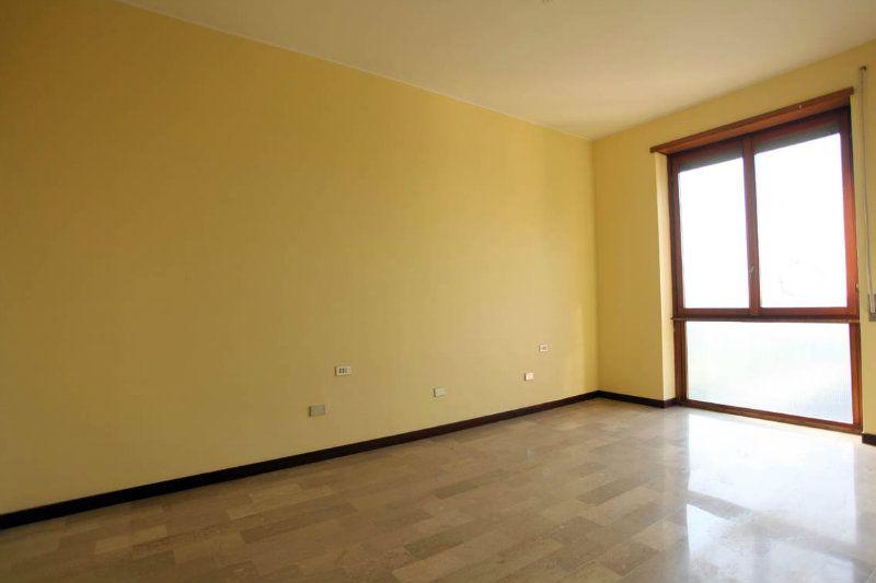 Appartamento in vendita a Sesto San Giovanni, 3 locali, prezzo € 181.000   Cambiocasa.it