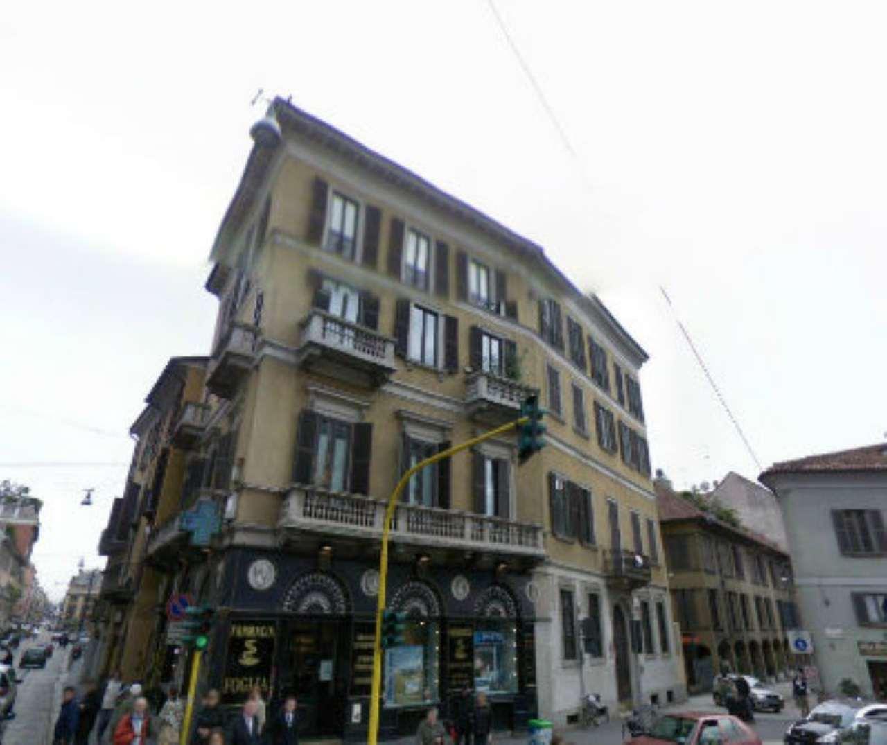 Bilocale Milano Via San Calimero 1