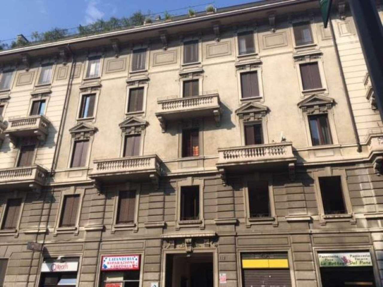 Appartamento in vendita milano via bazzini for Monolocali in vendita a milano