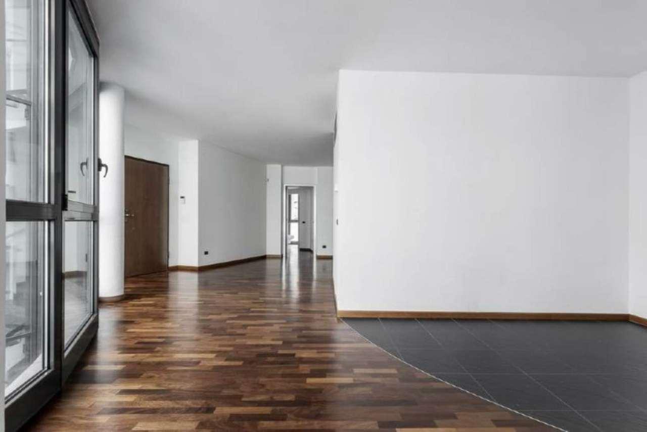 Appartamento in vendita a Milano, 2 locali, zona Zona: 15 . Fiera, Firenze, Sempione, Pagano, Amendola, Paolo Sarpi, Arena, prezzo € 430.000 | Cambio Casa.it