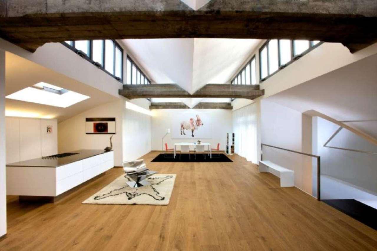 Loft / Openspace in affitto a Milano, 3 locali, zona Zona: 10 . P.ta Genova, Romolo, Solari, Savona, Tortona, prezzo € 5.000 | Cambio Casa.it