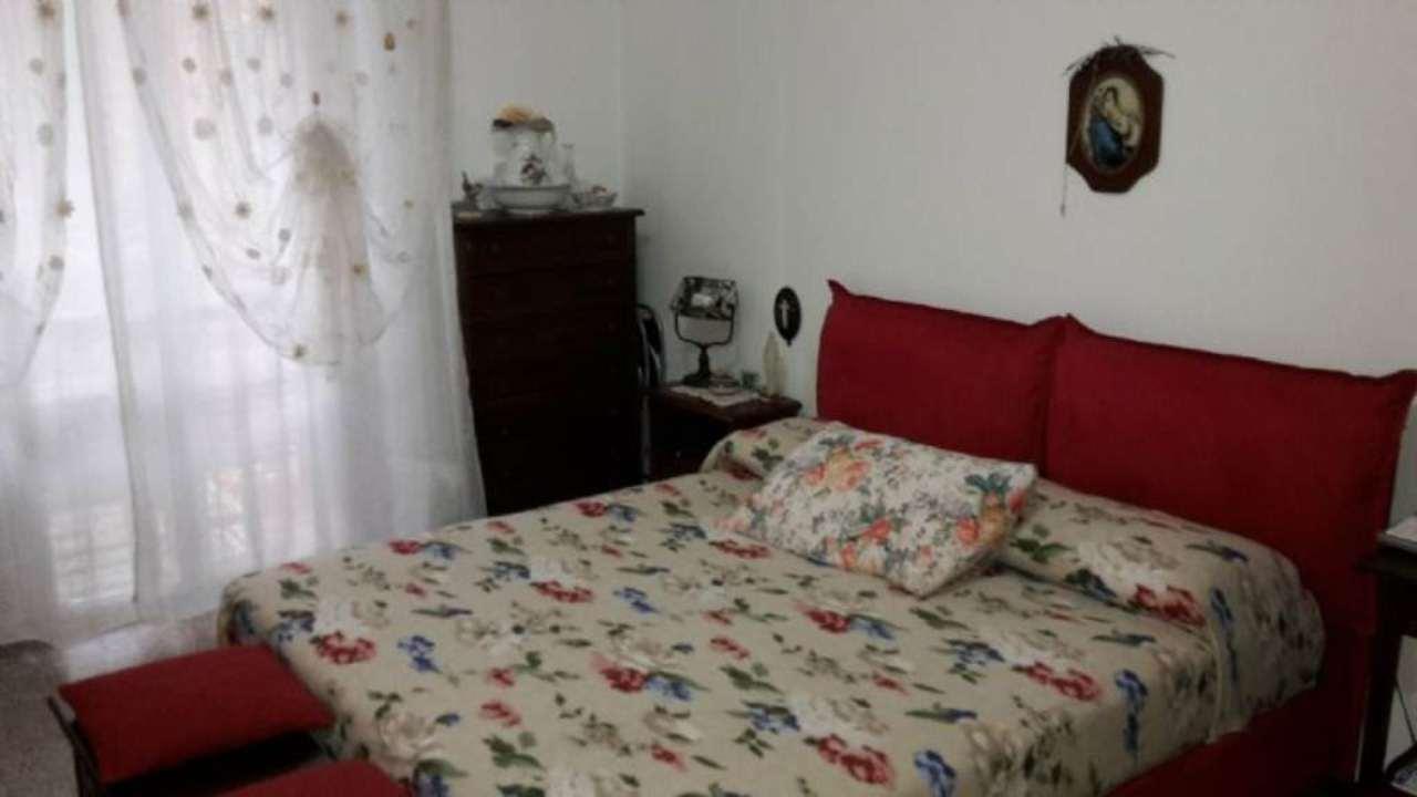 Bilocale Rozzano Via Arno 5