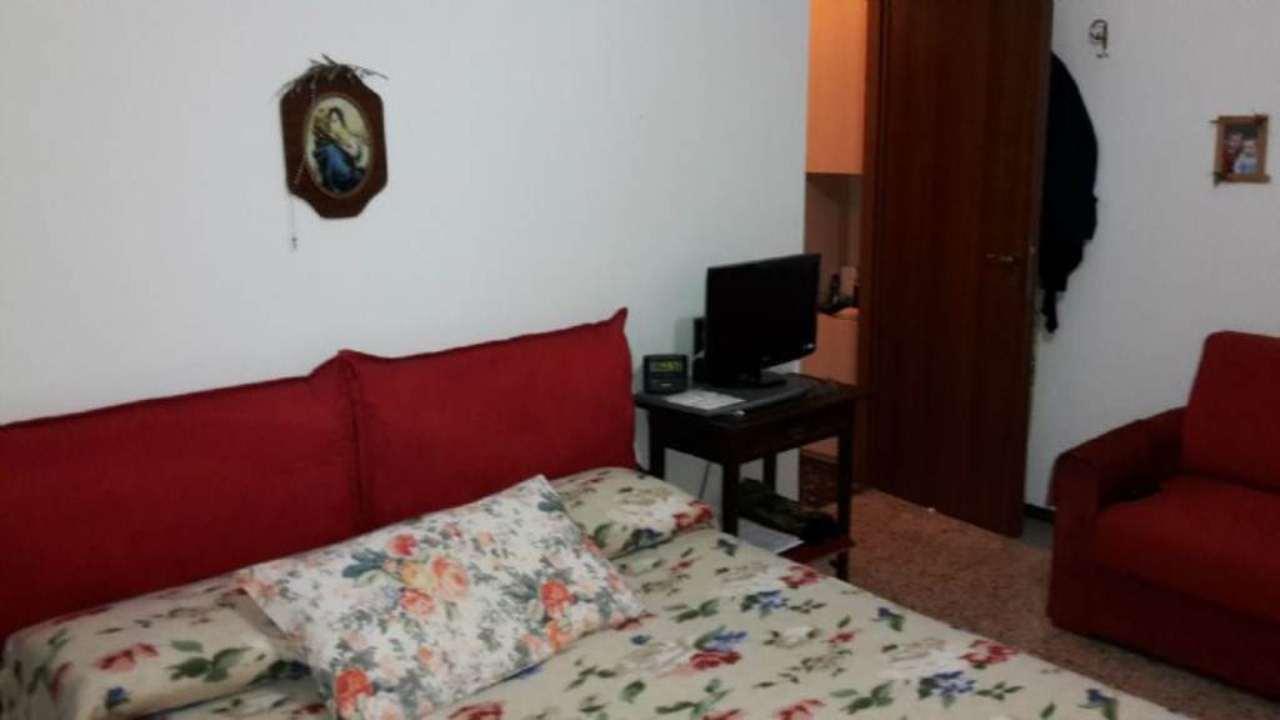 Bilocale Rozzano Via Arno 12