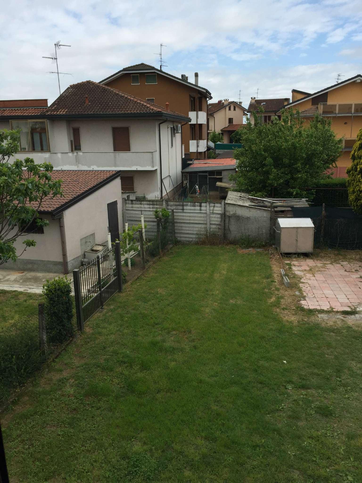 Bilocale Lacchiarella Via Stoppani 8