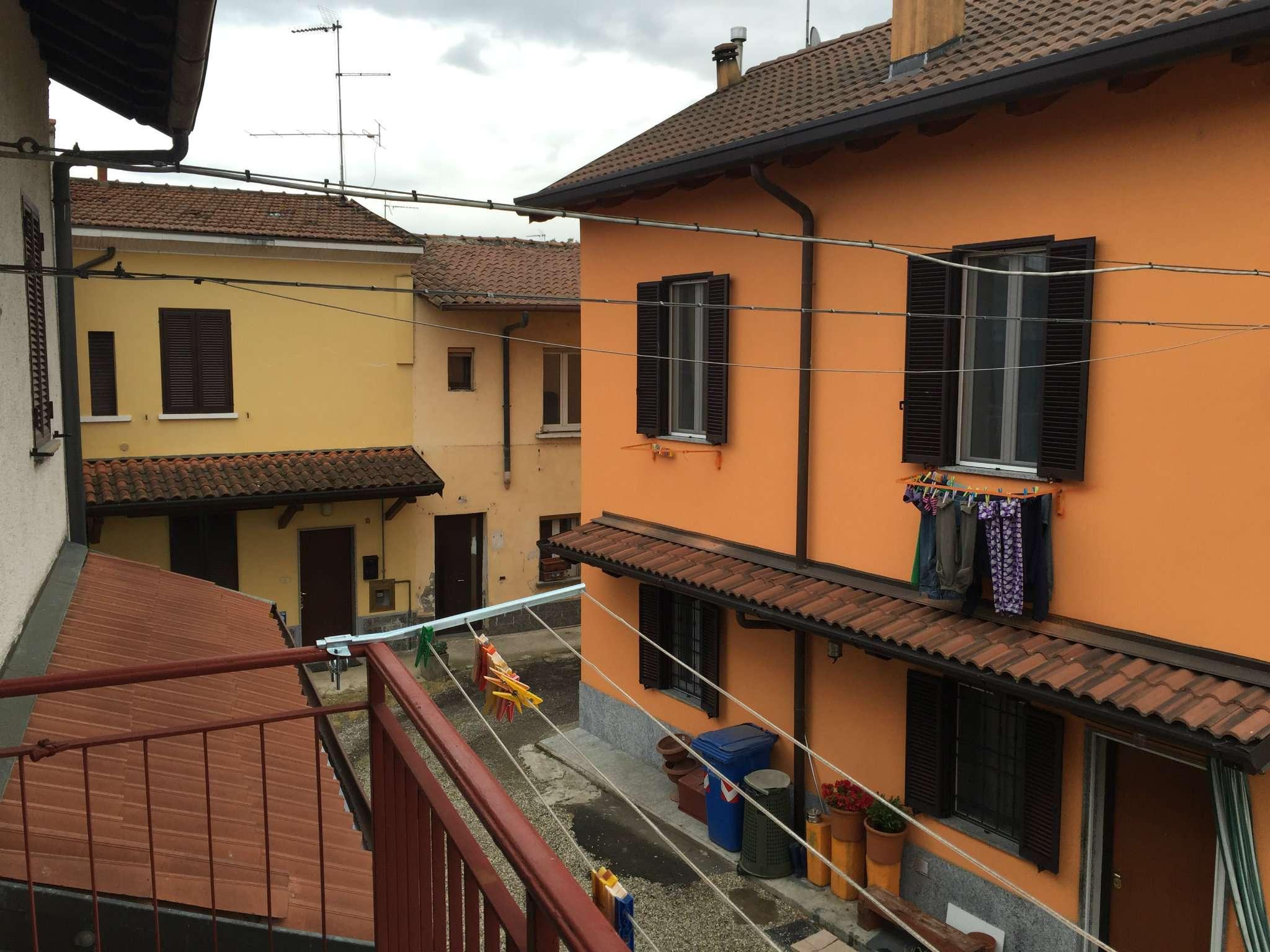 Bilocale Lacchiarella Via Stoppani 12