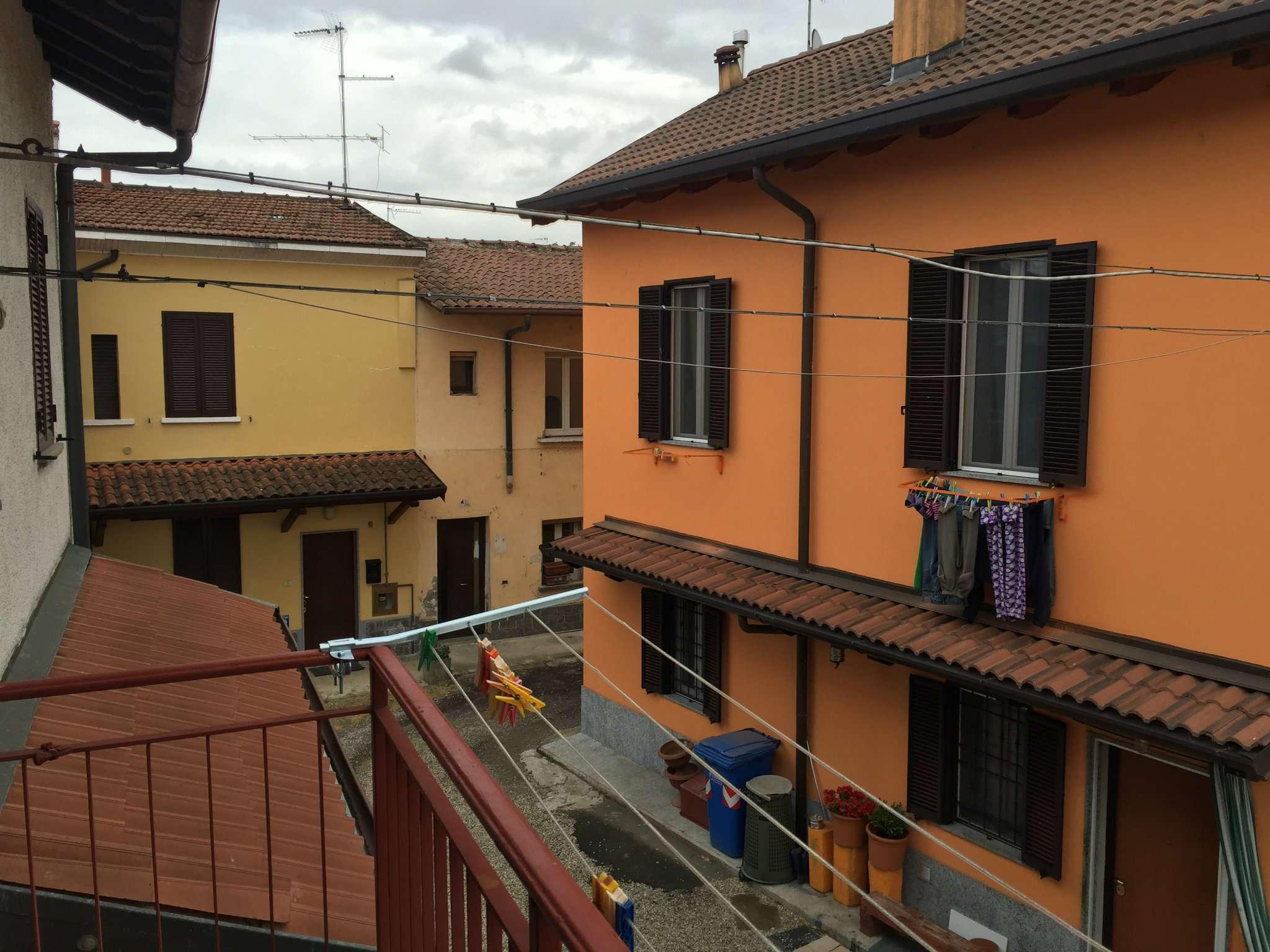 Bilocale Lacchiarella Via Stoppani 1
