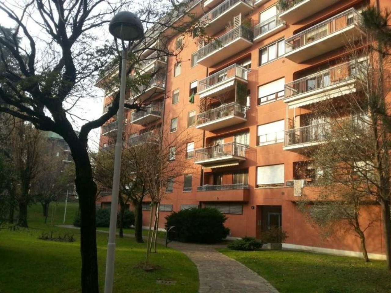 Bilocale Assago Via G. Matteotti 1