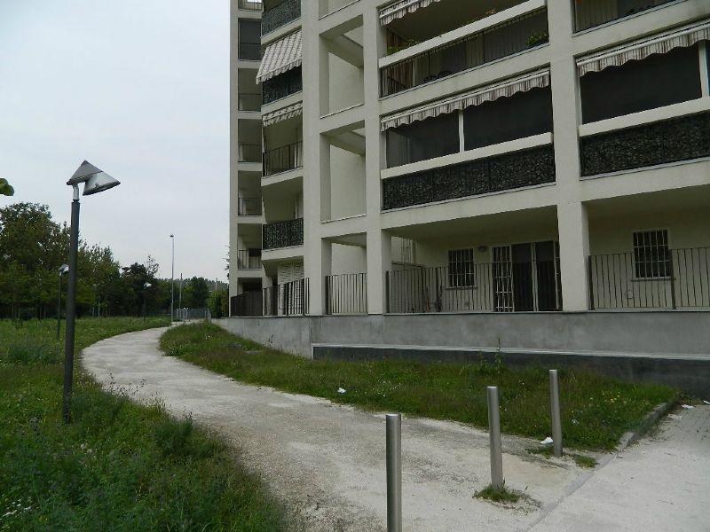 Bilocale Rozzano Via Lambro 2