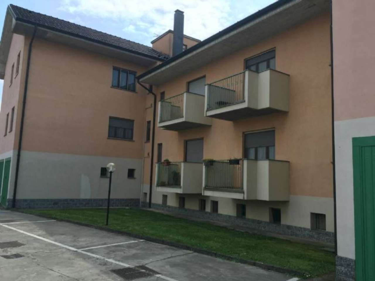 Bilocale Mulazzano Via Loc. Sabbione 4