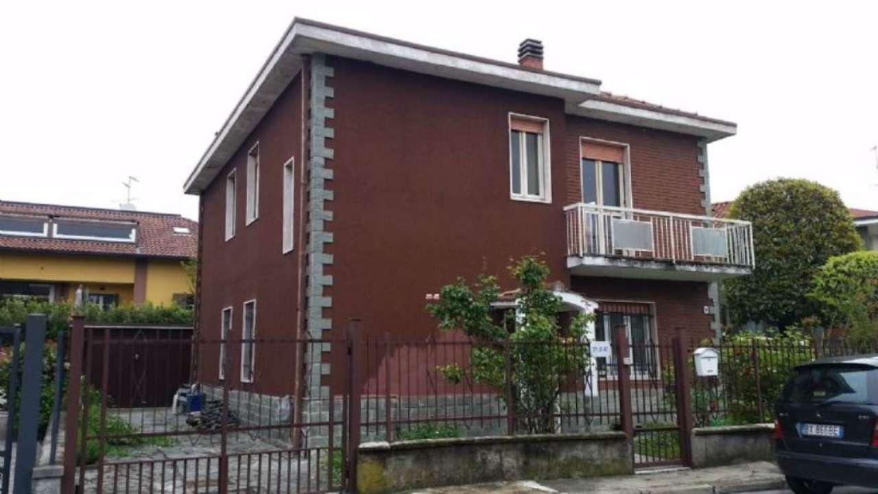 Villa in vendita a Peschiera Borromeo, 3 locali, prezzo € 400.000 | Cambio Casa.it