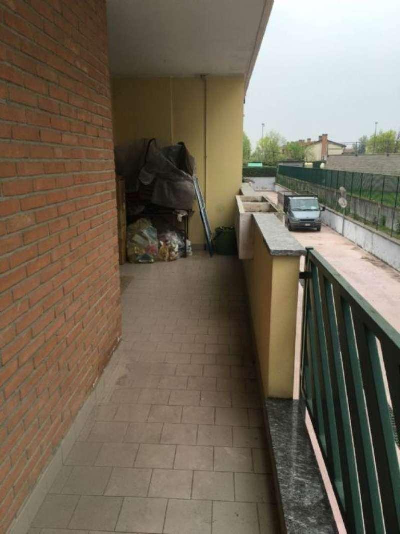 Bilocale Mediglia Via Cassiopea 10