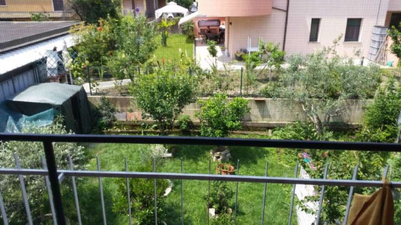 Bilocale Peschiera Borromeo Via  Della Resistenza 13