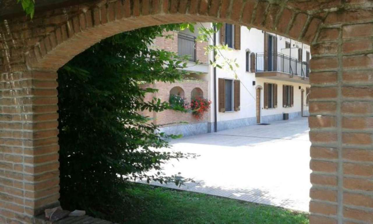 Bilocale Peschiera Borromeo Via Trento 2