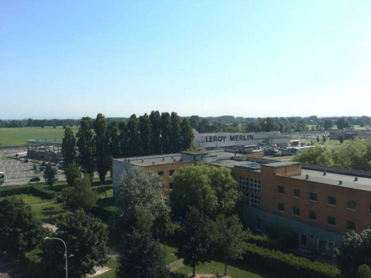 Bilocale Mediglia Via Carducci 11