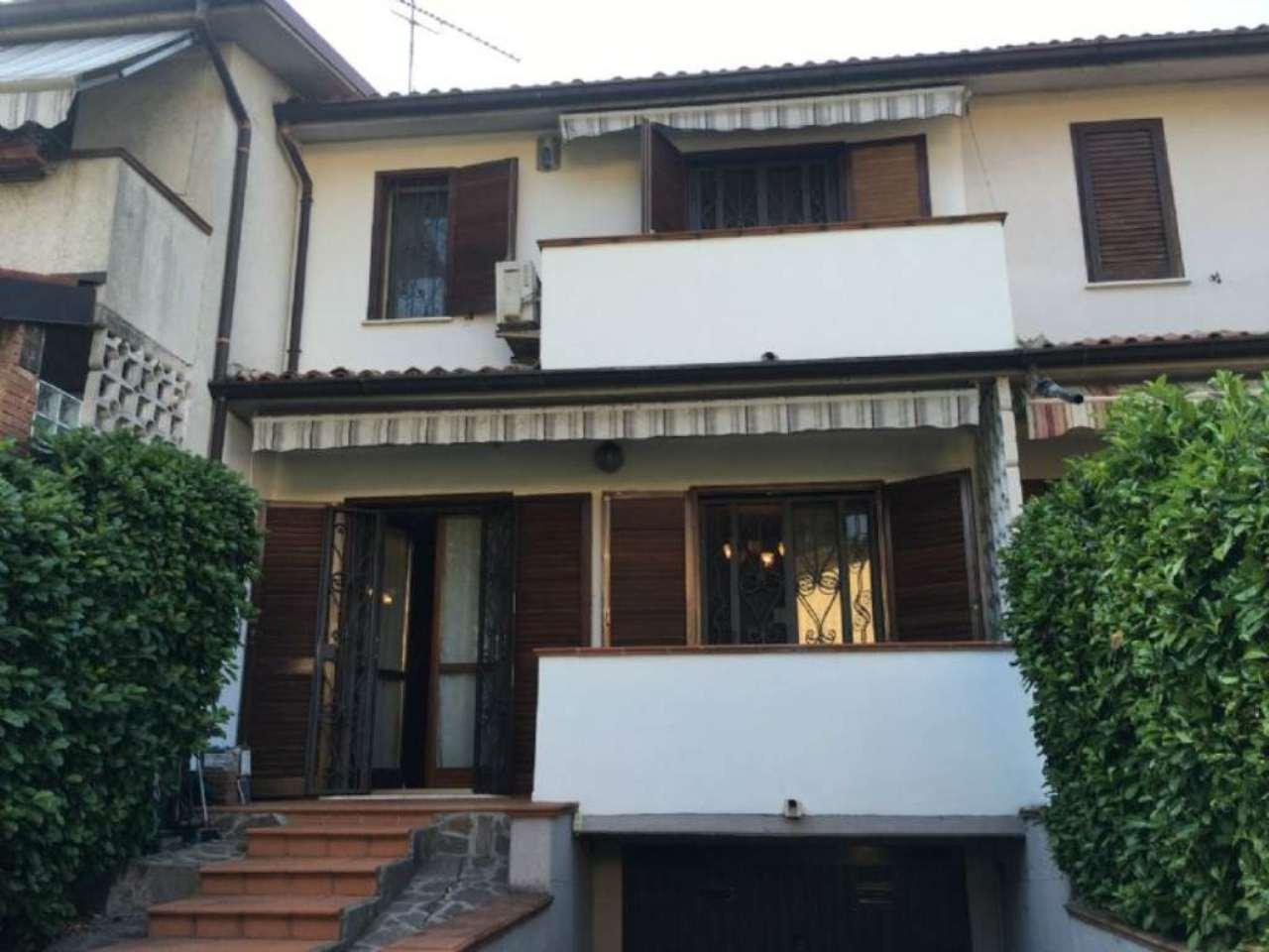 Soluzione Indipendente in vendita a Mediglia, 4 locali, prezzo € 300.000 | Cambio Casa.it