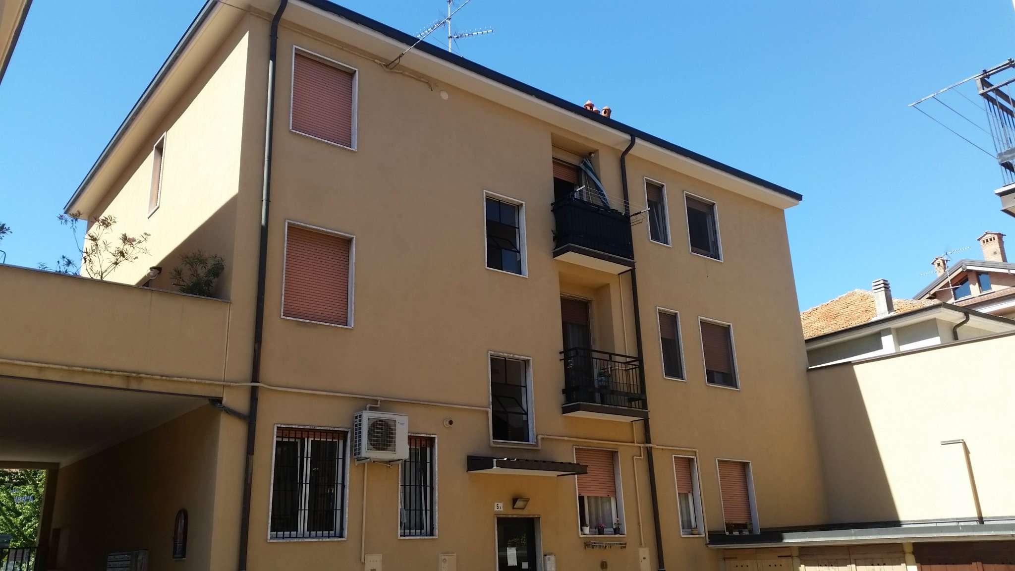 Bilocale Peschiera Borromeo Via 2 Giugno 3