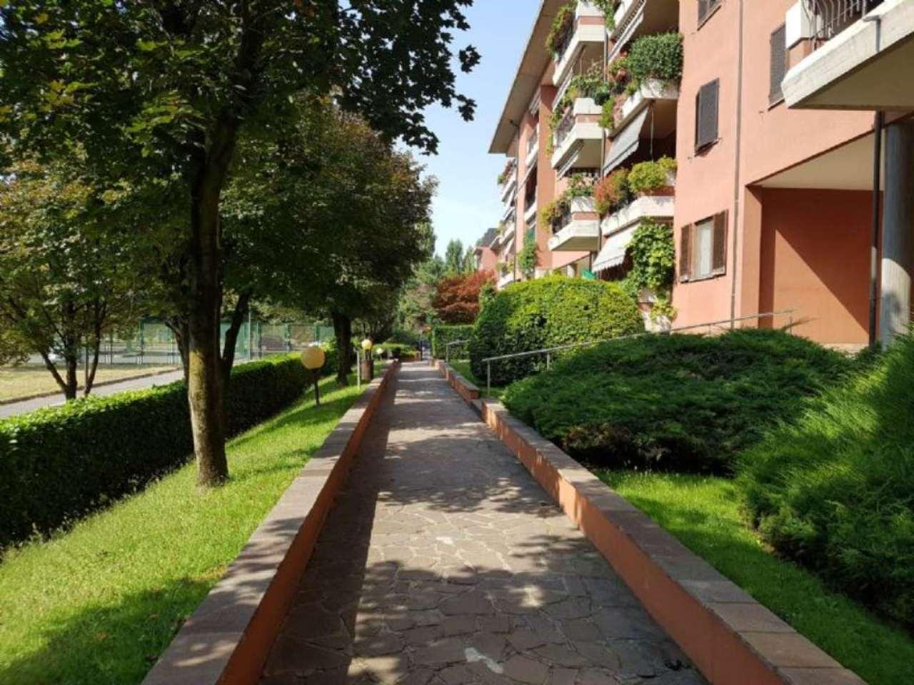 Bilocale Peschiera Borromeo Via Fabio Filzi 4
