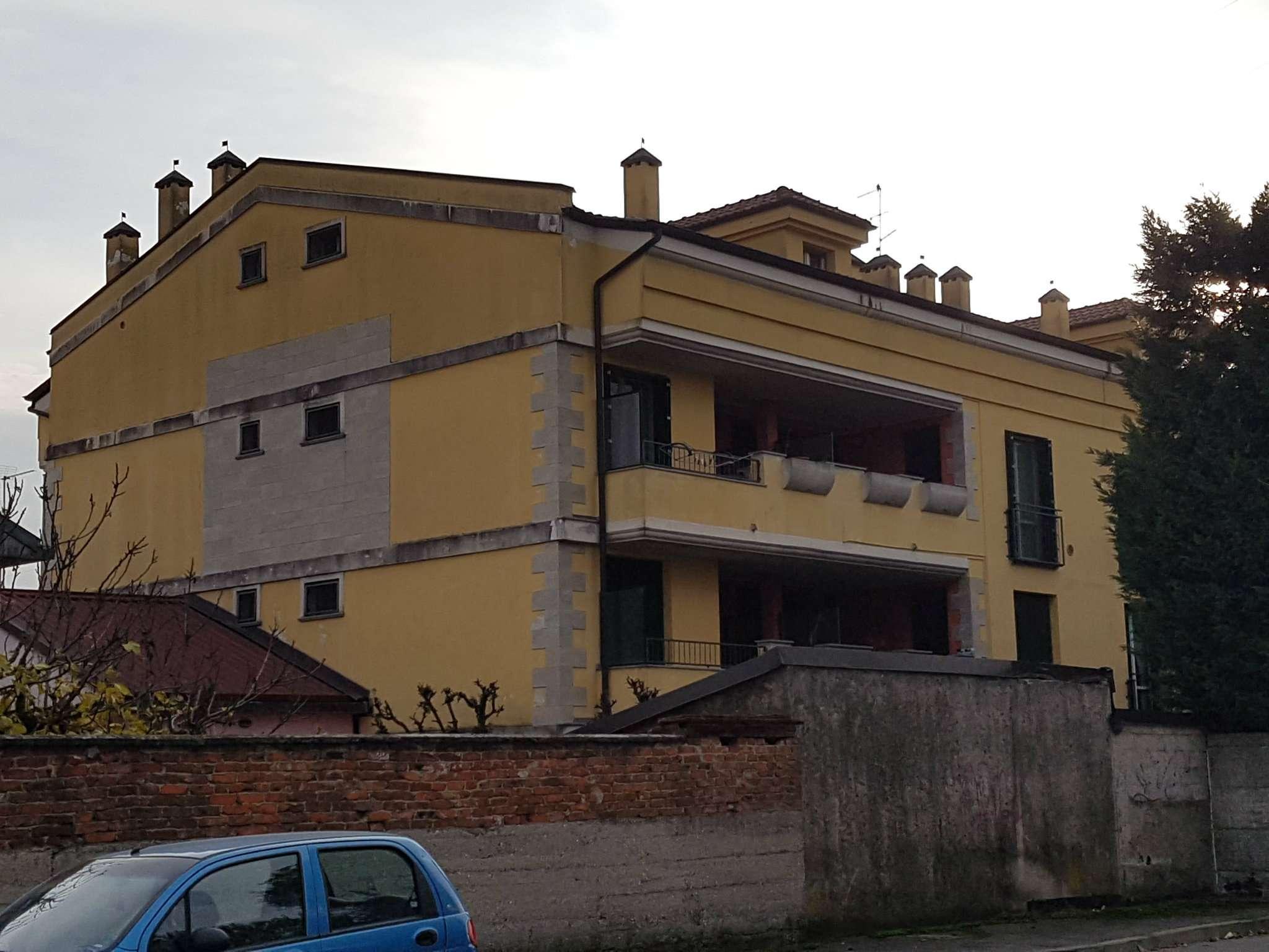 Appartamento in vendita a Paullo, 3 locali, prezzo € 105.000 | Cambio Casa.it