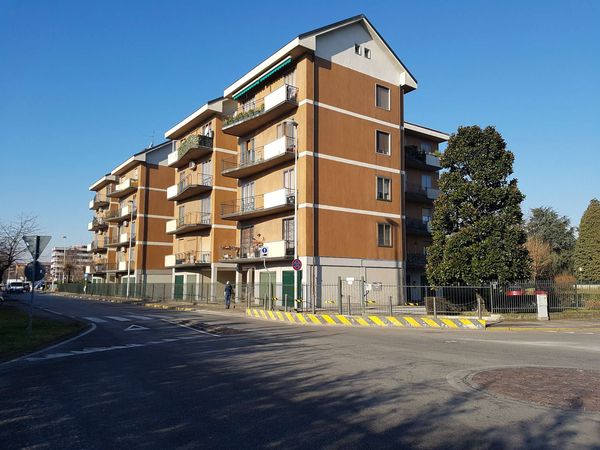 Appartamento in vendita a Peschiera Borromeo, 3 locali, prezzo € 165.000 | Cambio Casa.it