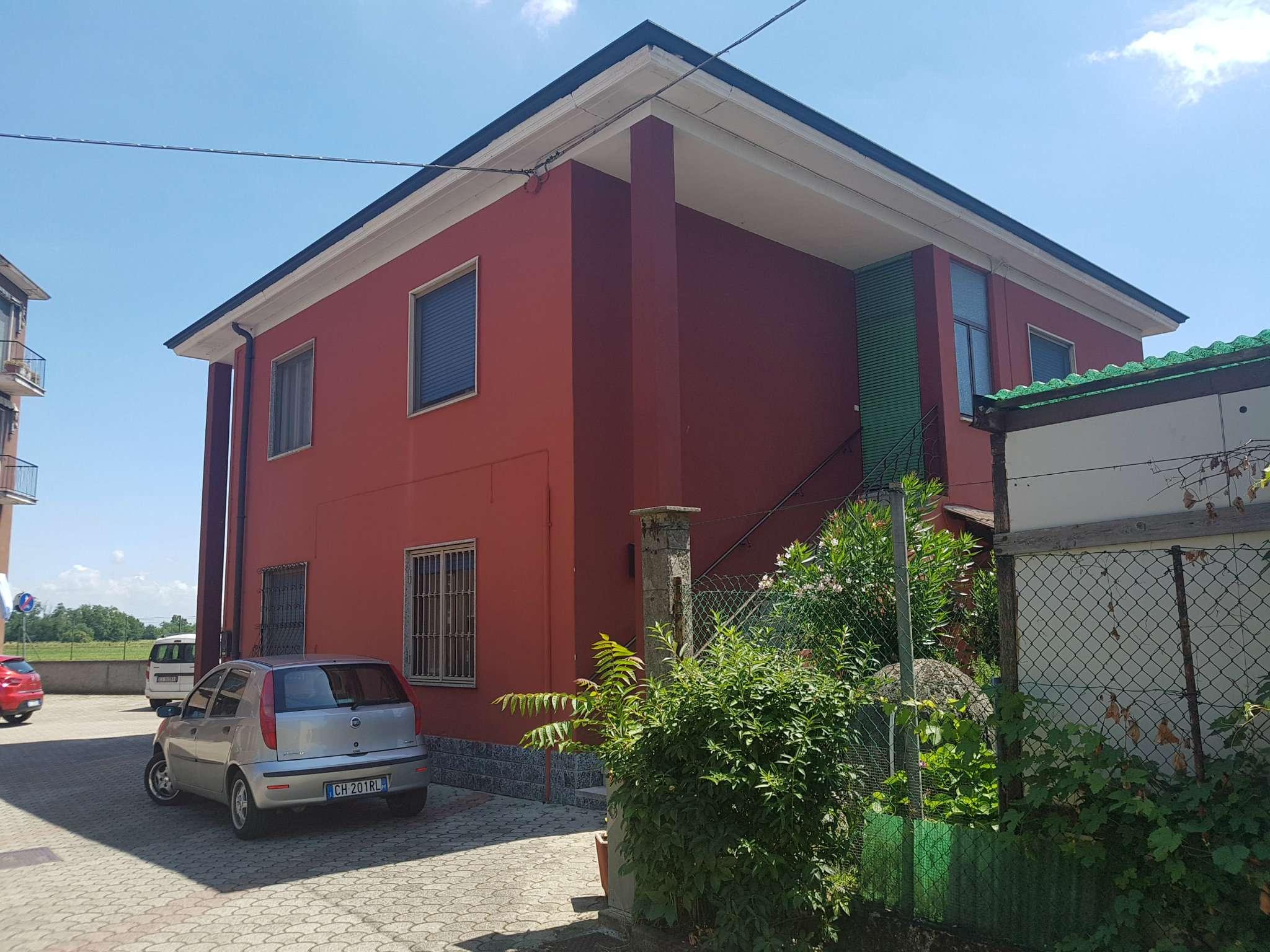 Appartamento in vendita a Mediglia, 2 locali, prezzo € 100.000 | CambioCasa.it