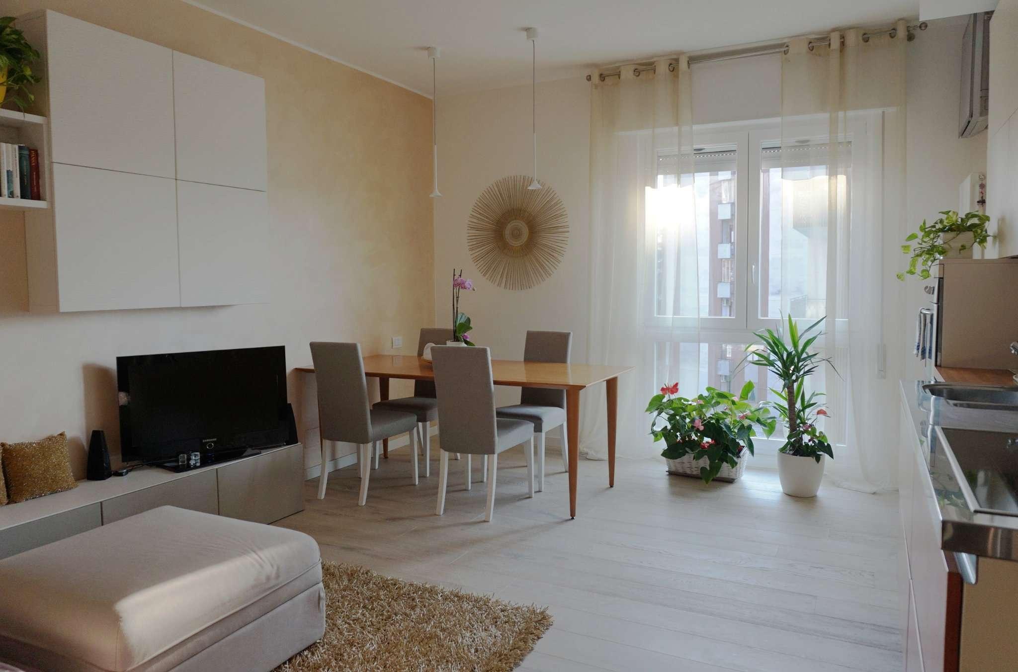 Appartamento in vendita a San Donato Milanese, 4 locali, prezzo € 290.000 | CambioCasa.it