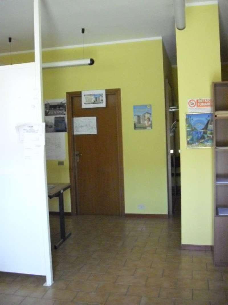 Ufficio / Studio in Affitto a Peschiera Borromeo