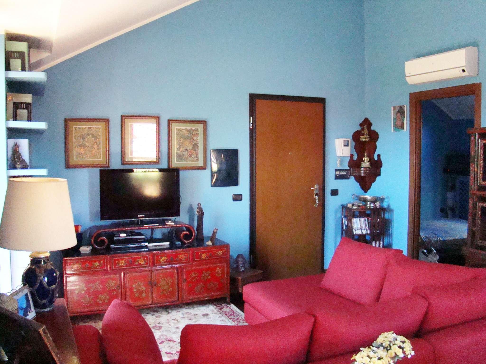Attico / Mansarda in vendita a Peschiera Borromeo, 2 locali, prezzo € 208.000 | CambioCasa.it