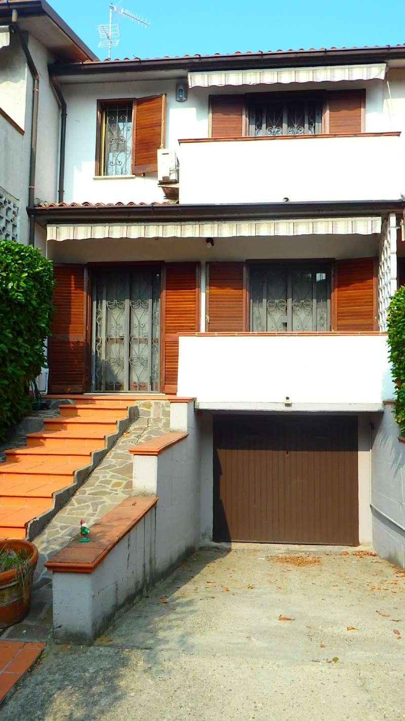 Villa a Schiera in vendita a Mediglia, 4 locali, prezzo € 290.000 | CambioCasa.it