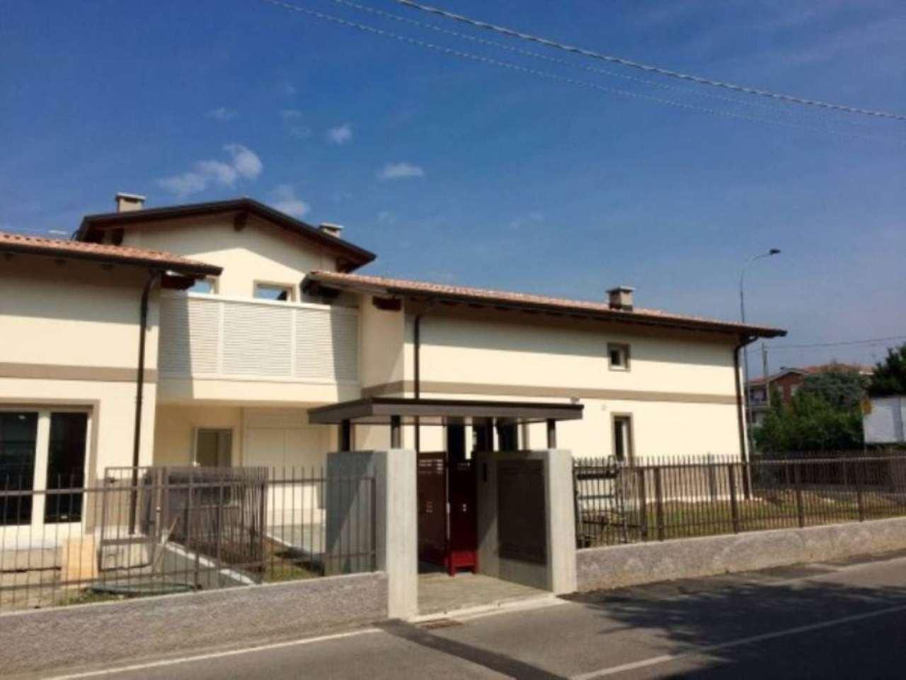 Attico / Mansarda in vendita a Osnago, 3 locali, prezzo € 250.000 | Cambio Casa.it