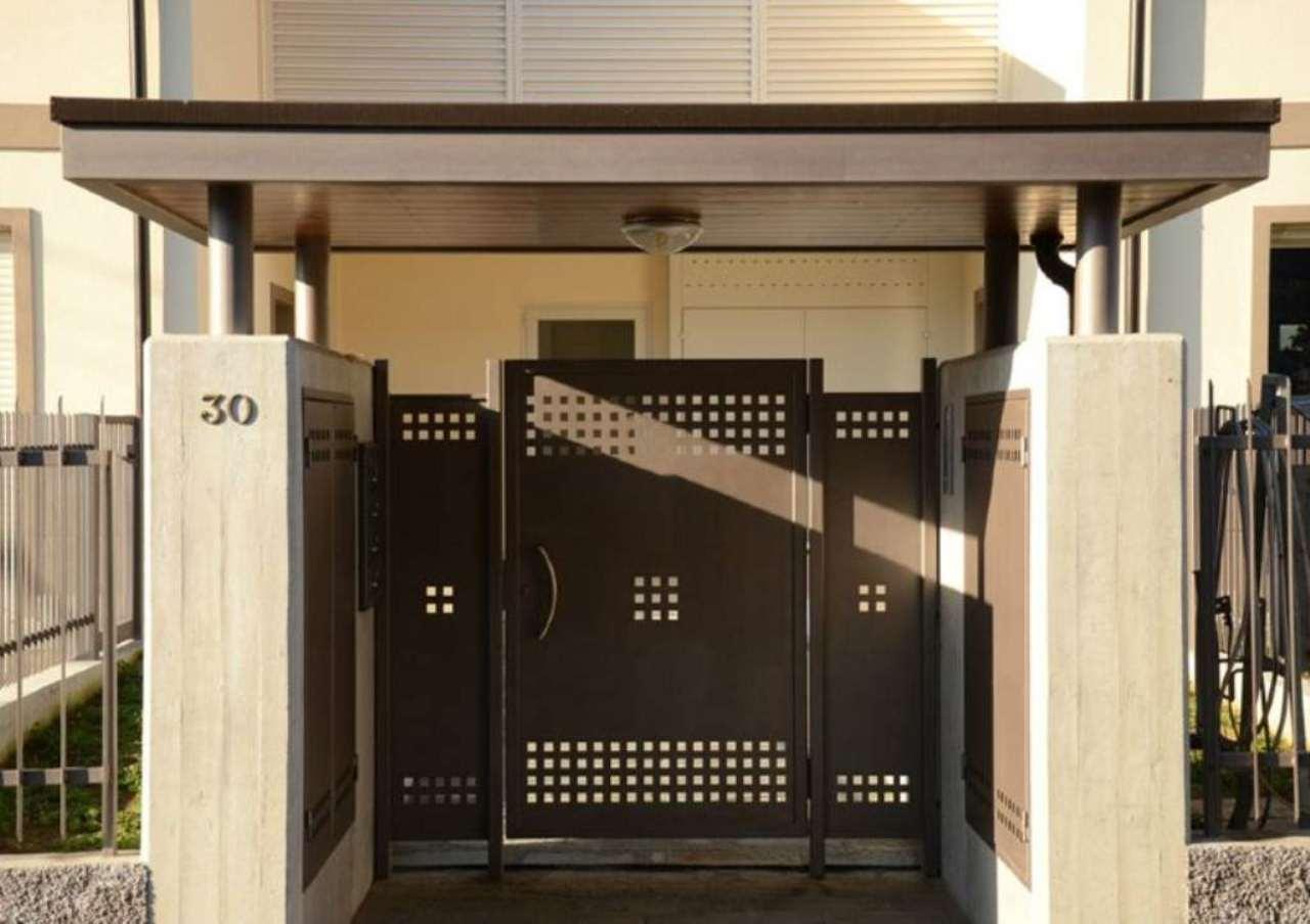Villa in vendita a Osnago, 4 locali, prezzo € 369.000 | CambioCasa.it