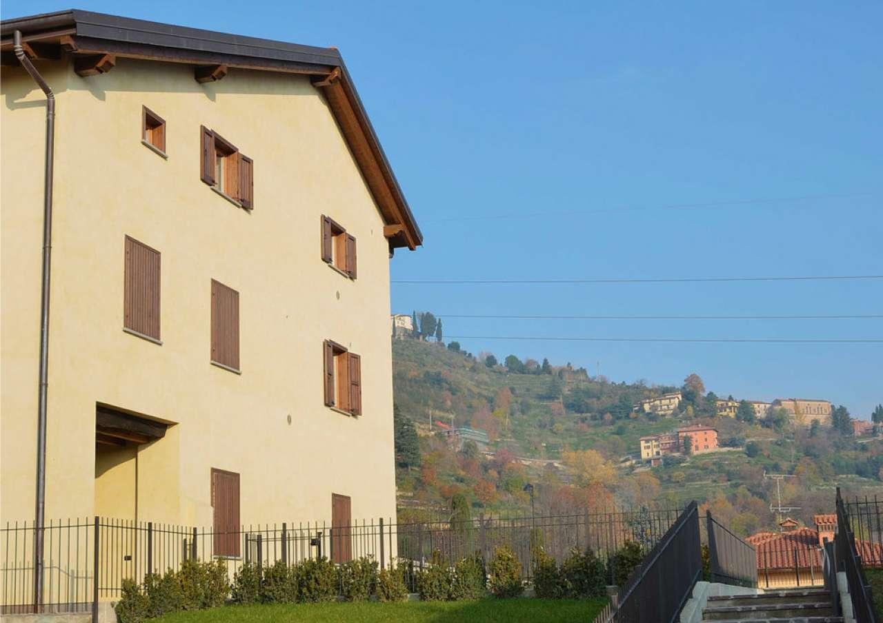 Appartamento in vendita a Montevecchia, 3 locali, prezzo € 360.000 | CambioCasa.it