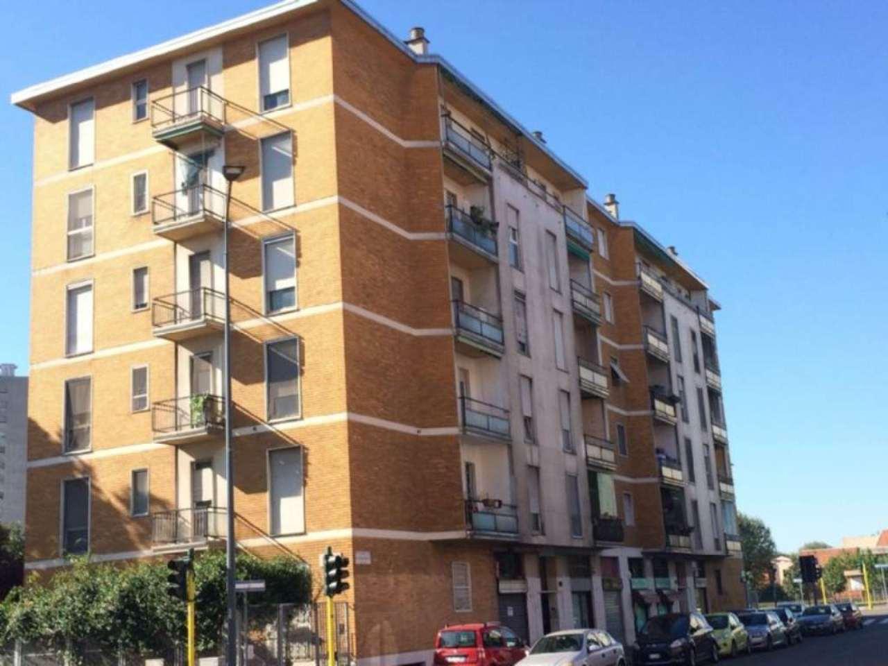 Bilocale Milano Via Dei Cinquecento 2