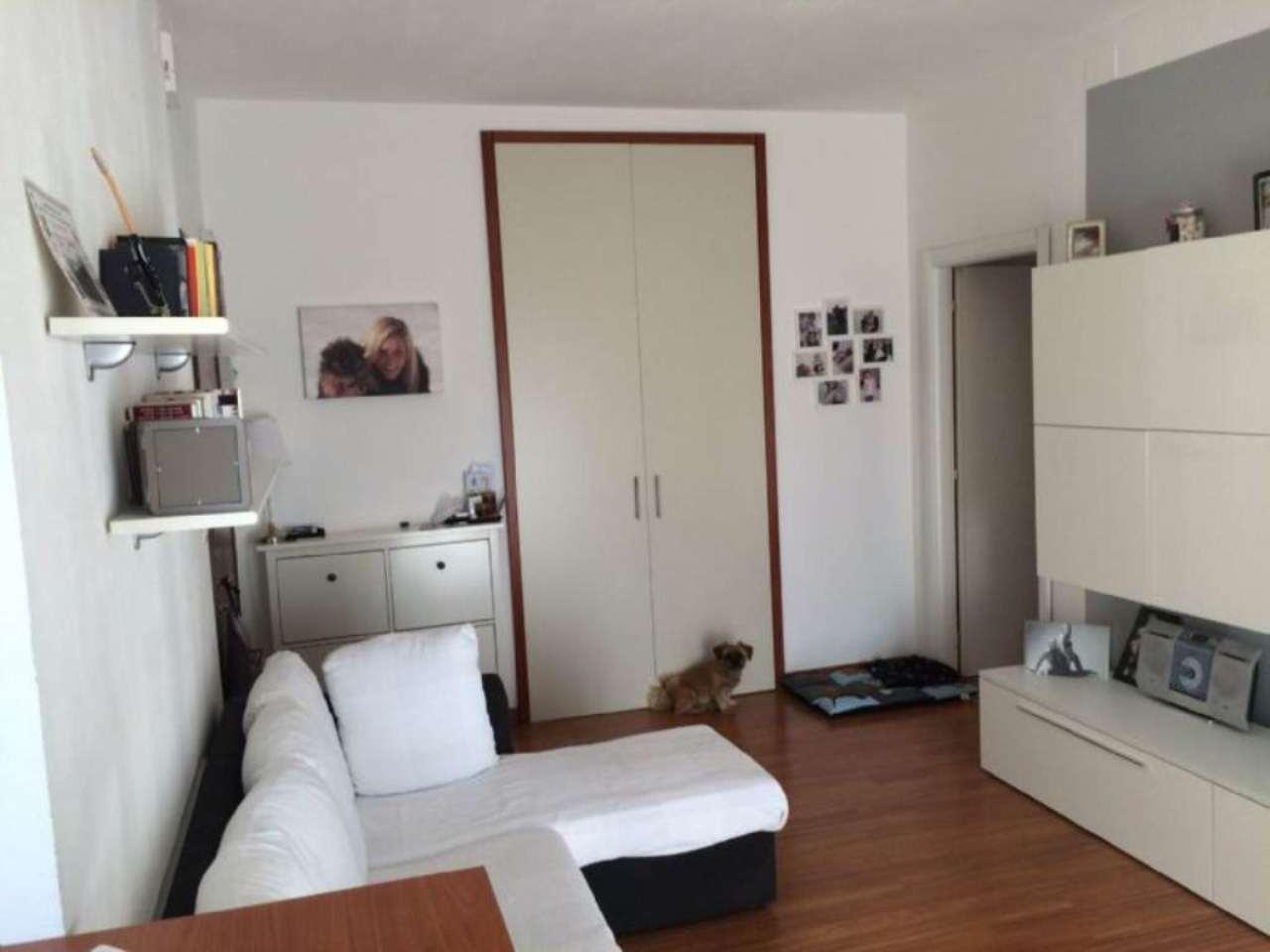 Bilocale Milano Via Dei Cinquecento 5