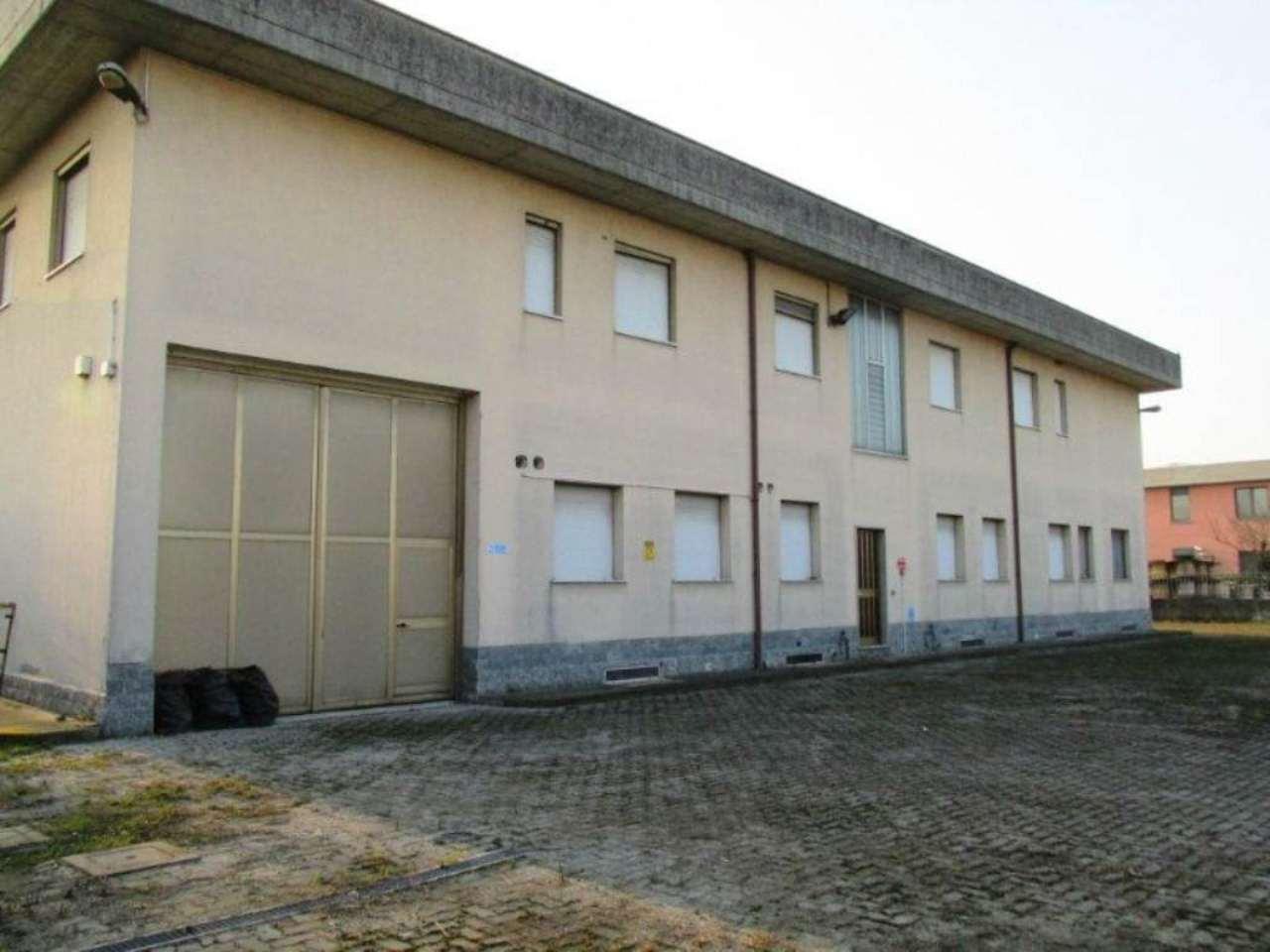 Capannoni in italia annunci immobiliari for Piani di capannone per uffici esterni