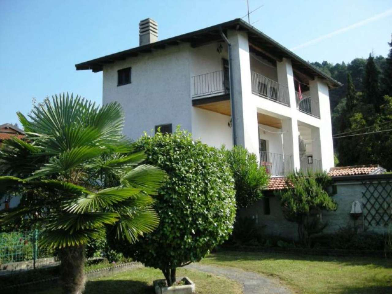 Casa indipendente in Vendita a Montegrino Valtravaglia: 5 locali, 140 mq