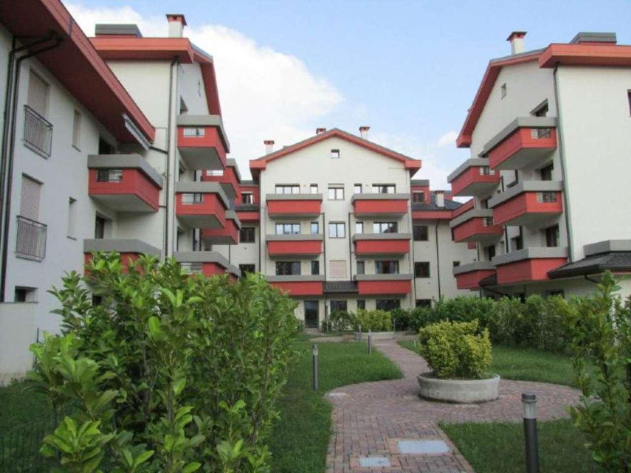 Appartamento in Vendita a Segrate: 1 locali, 50 mq