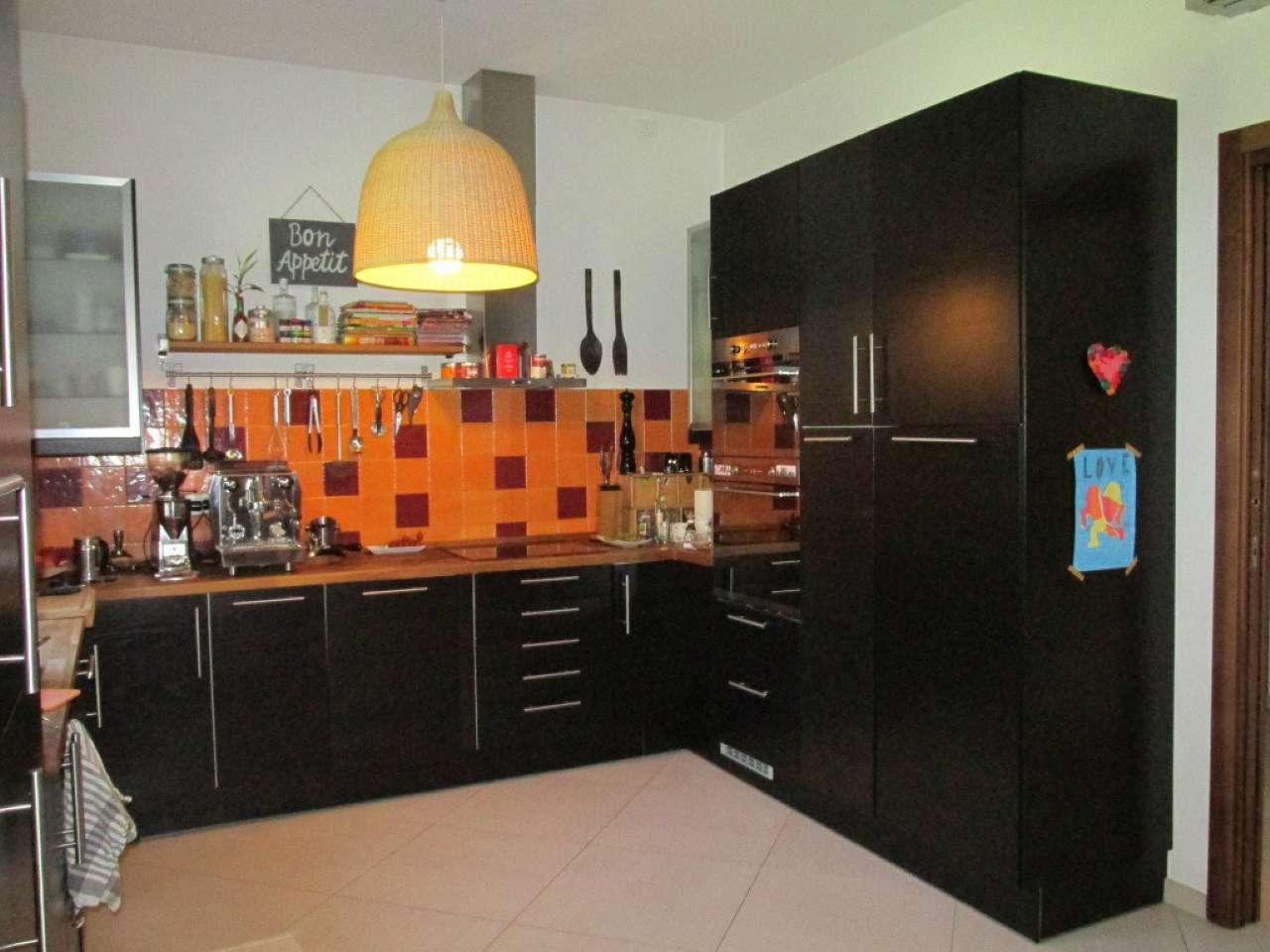 Villa in Vendita a Segrate: 5 locali, 300 mq - Foto 6