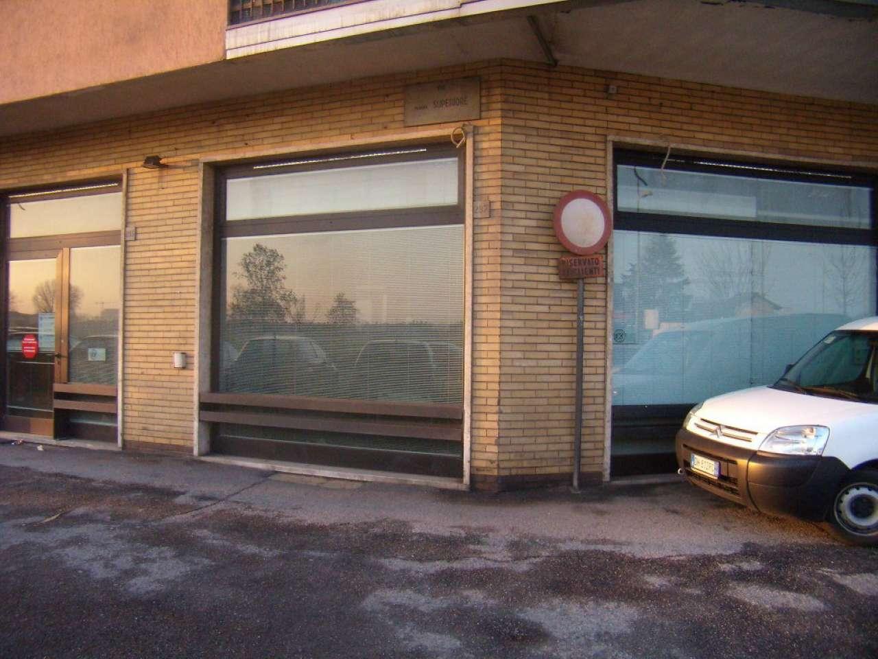 Ufficio-studio in Vendita a Vimodrone: 5 locali, 280 mq