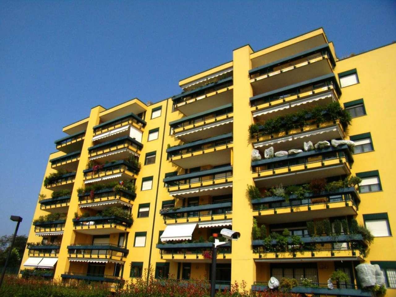 Appartamento in Vendita a Segrate: 4 locali, 140 mq