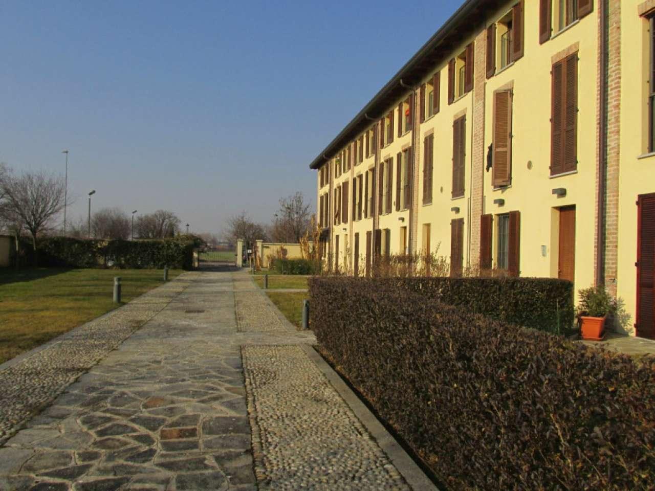 Appartamento in Vendita a Pioltello: 2 locali, 52 mq