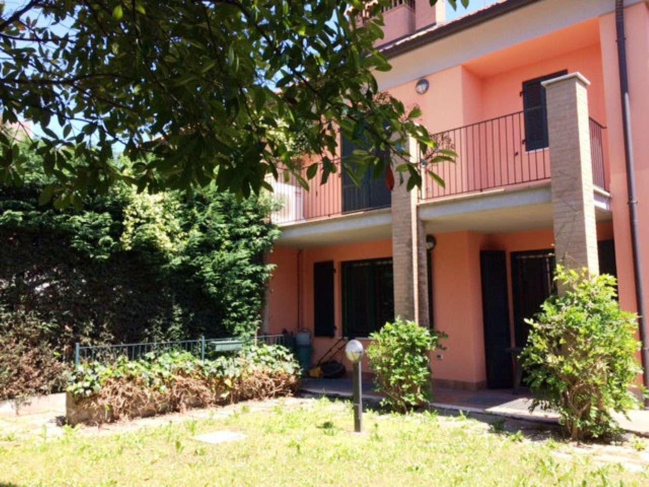 Villa in Affitto a Pioltello: 5 locali, 180 mq