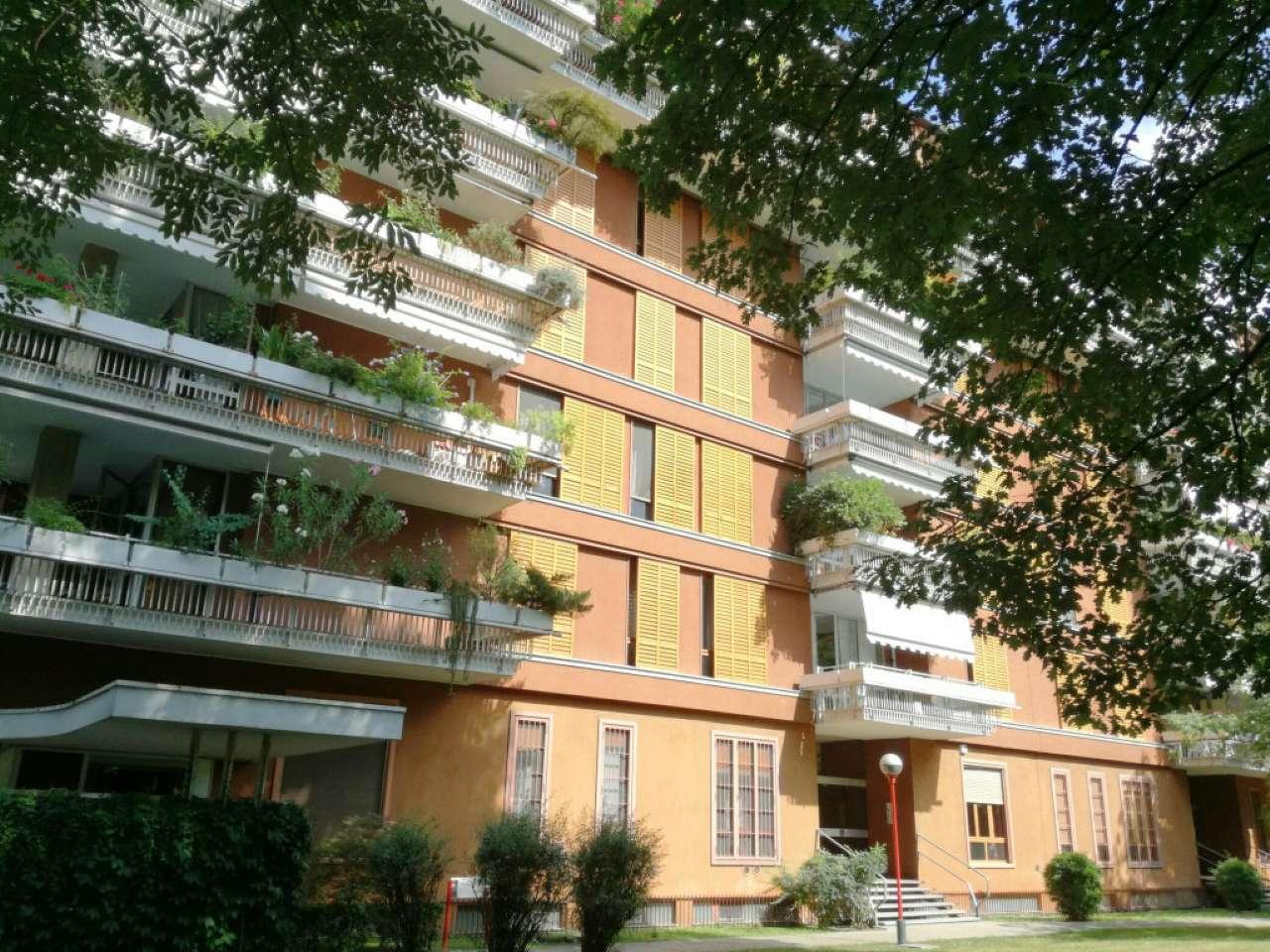 Appartamento in Vendita a Segrate via fratelli cervi