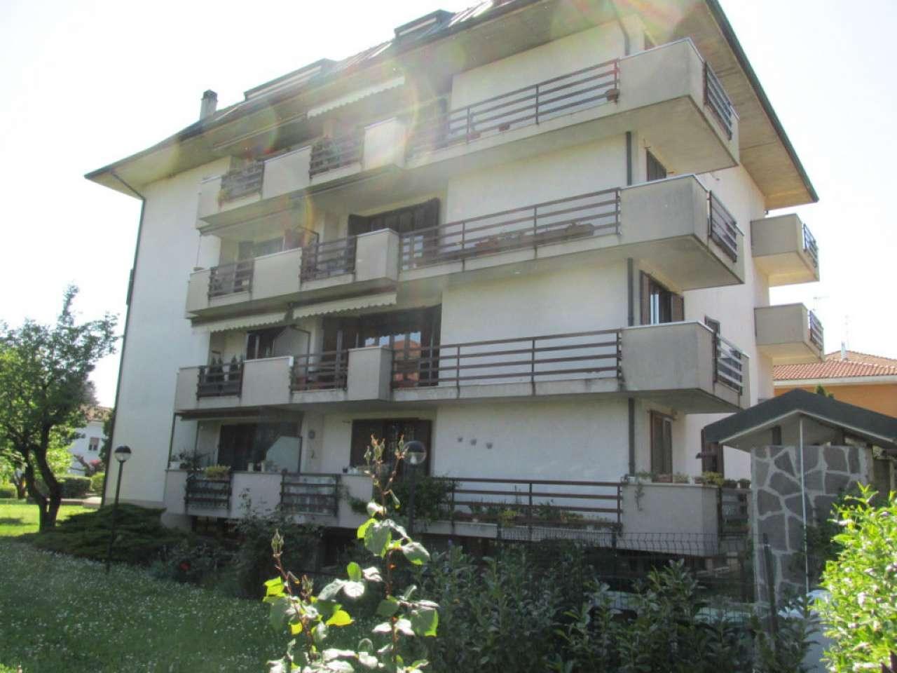 Ufficio-studio in Vendita a Segrate: 2 locali, 65 mq