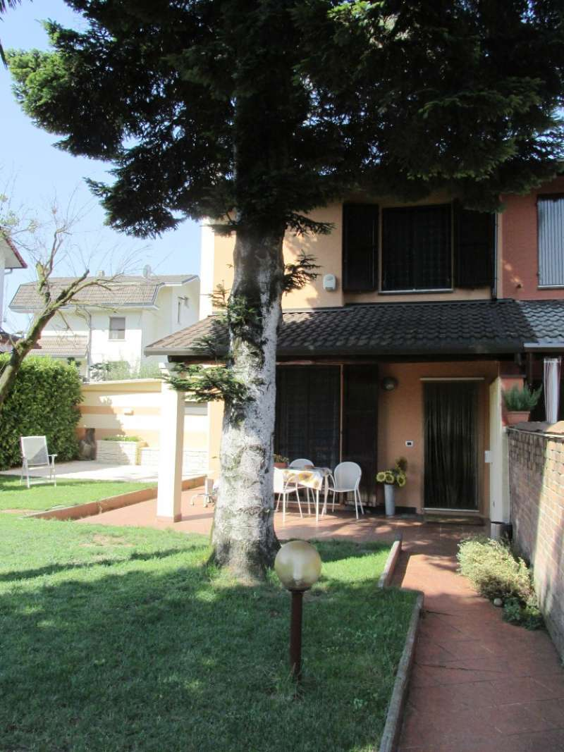 Villetta in Vendita a Rodano: 4 locali, 100 mq