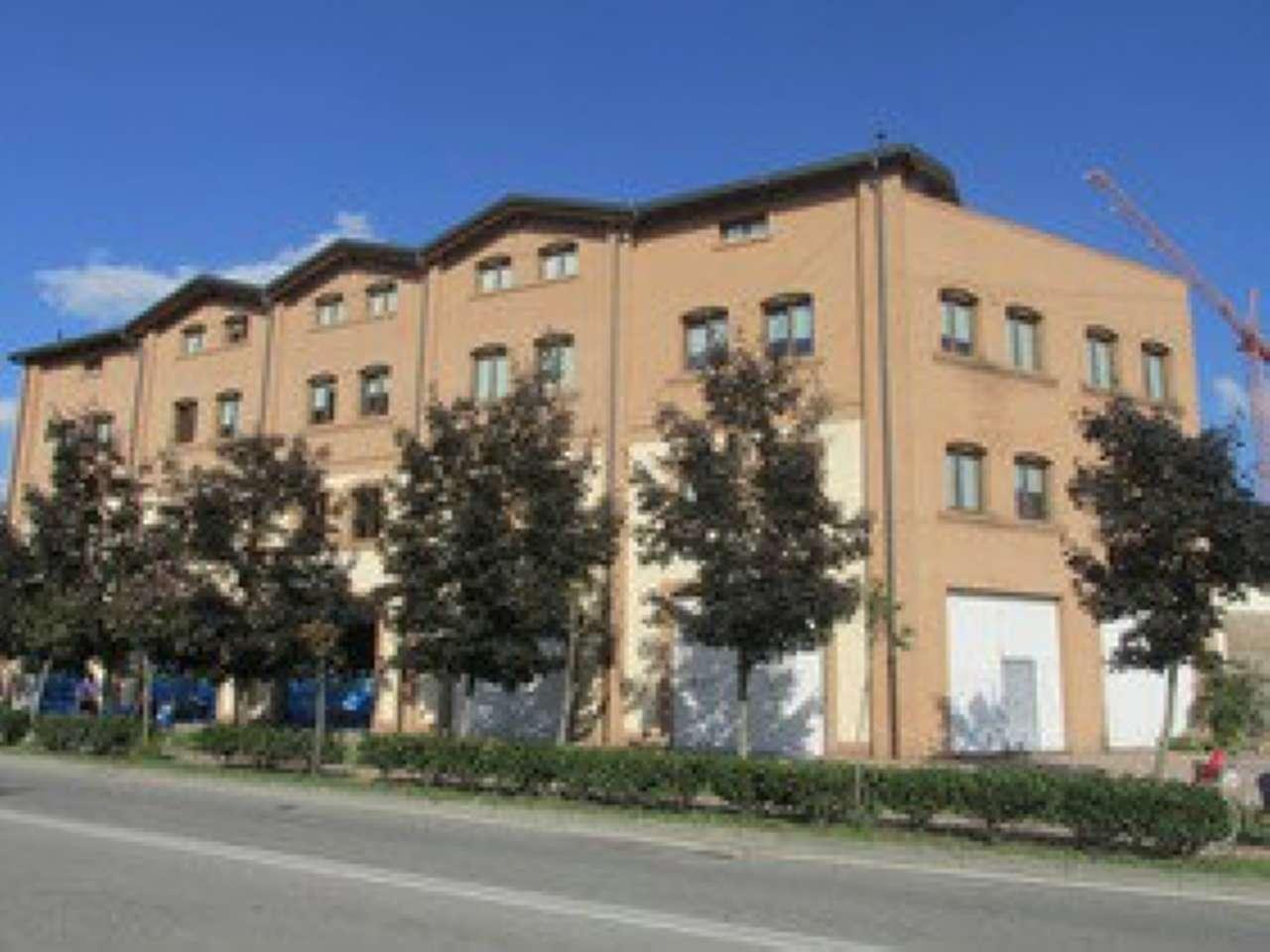 Ufficio-studio in Affitto a Segrate: 5 locali, 420 mq