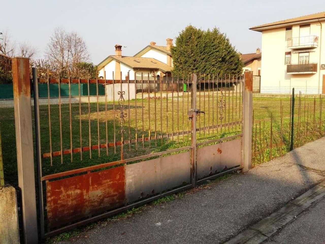 Terreno residenziale in Vendita a Sant'Alessio Con Vialone: 800 mq
