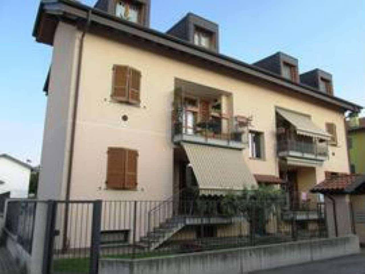 Appartamento in Vendita a Villasanta: 2 locali, 60 mq